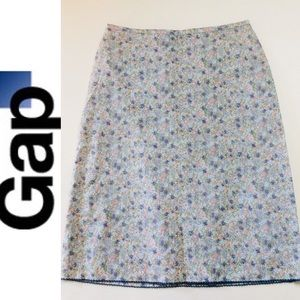 Gap NWOT Stretch floral print cotton skirt size 6